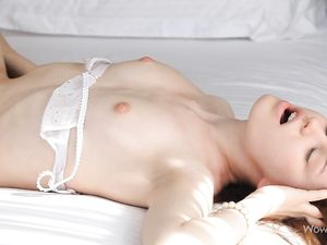 Sensual BBC Sex For The Milky White Teen Beauty